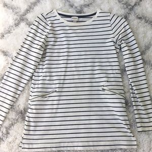 Striped T-shirt dress with cute zippers